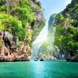 depositphotos_5725500-stock-photo-rocks-and-sea-in-krabi