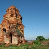 depositphotos_262070572-stock-photo-cham-towers-sha-vietnam-monument